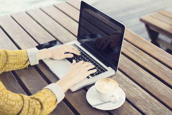 Background_Screening_for_Online_Retailers_Image.jpg